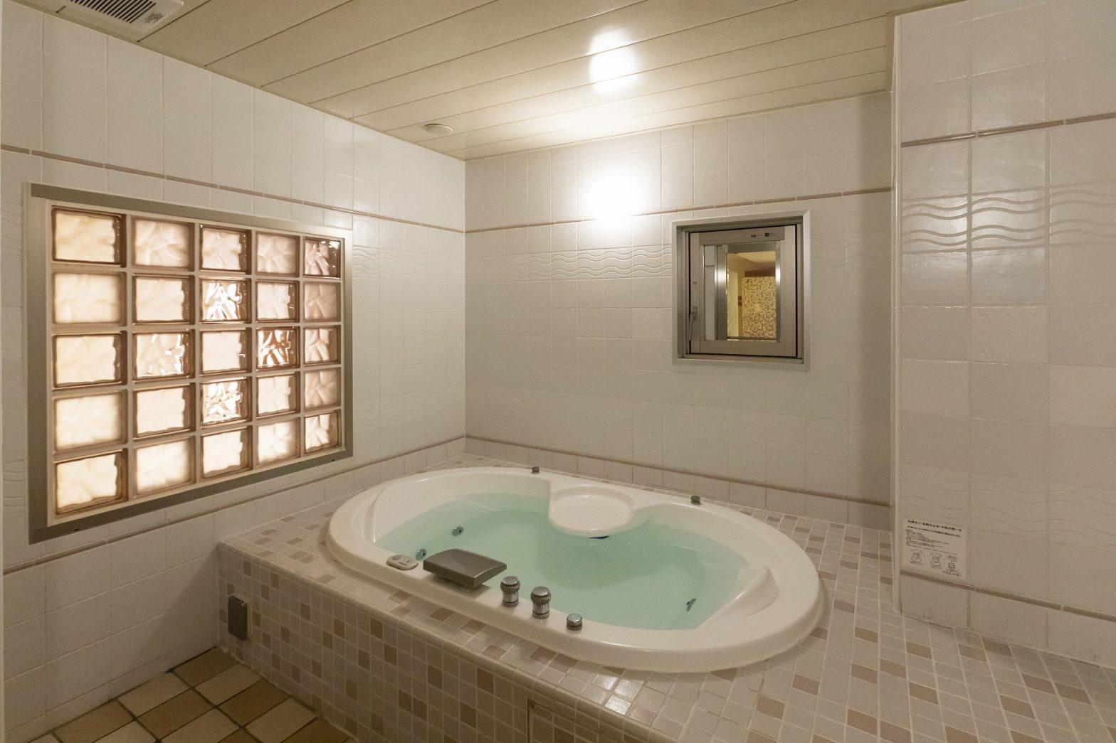 ウォーターホテルcyのお風呂